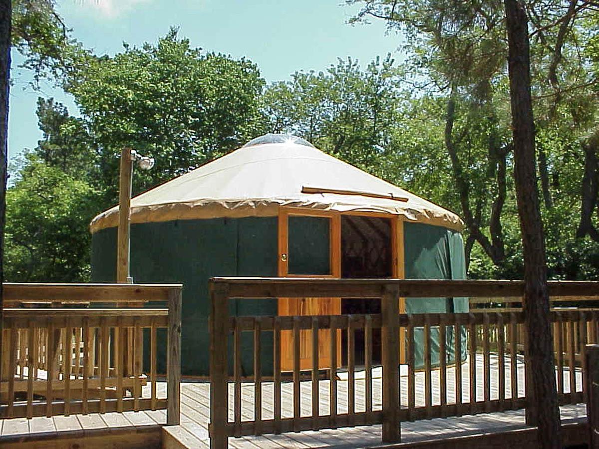 Modern US yurts